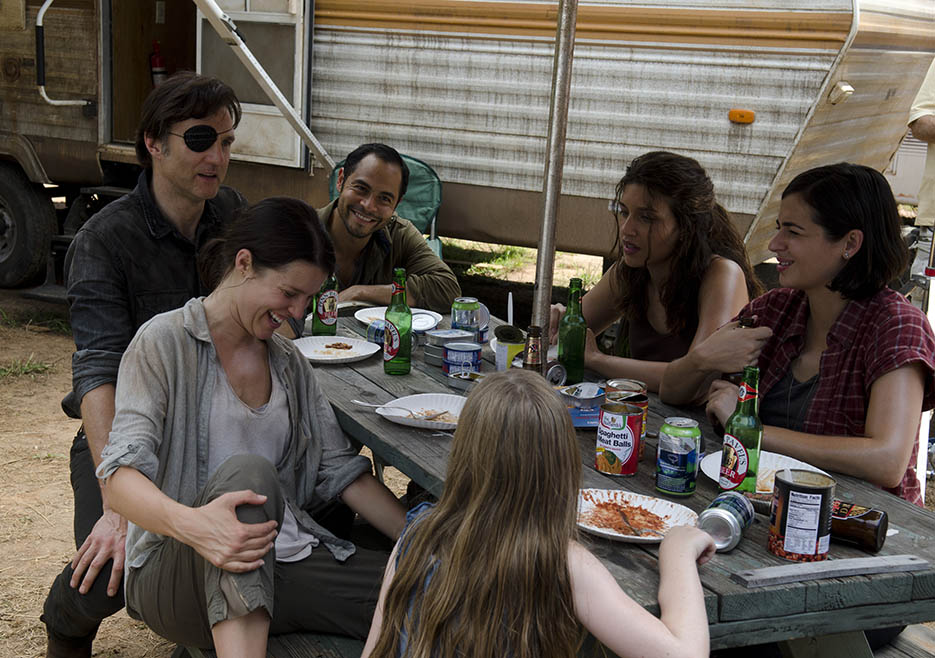 The Walking Dead 407 Family Dinner Governor