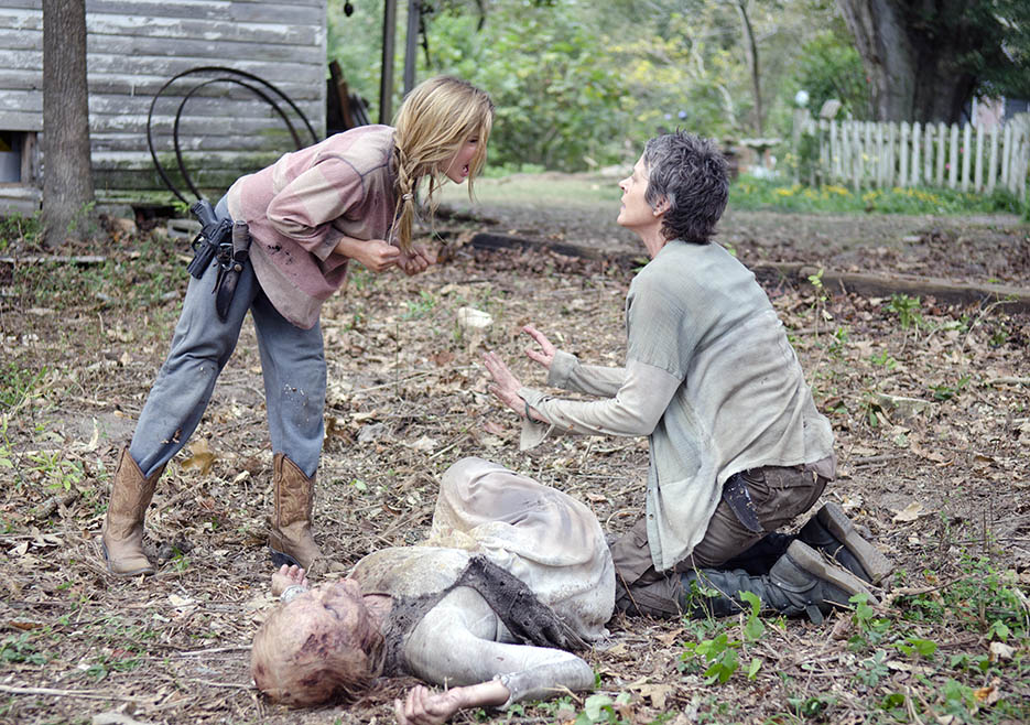 The Walking Dead 414 Lizzie Carol