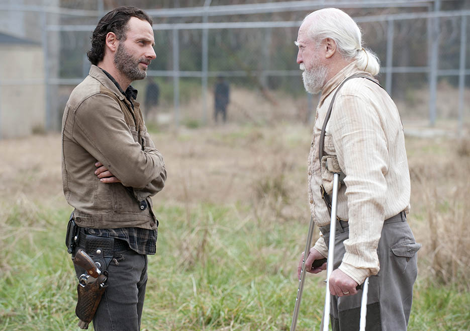 The Walking Dead 416 Season Finale Temporada 4 Rick Grimes Hershel Flashback en la cárcel