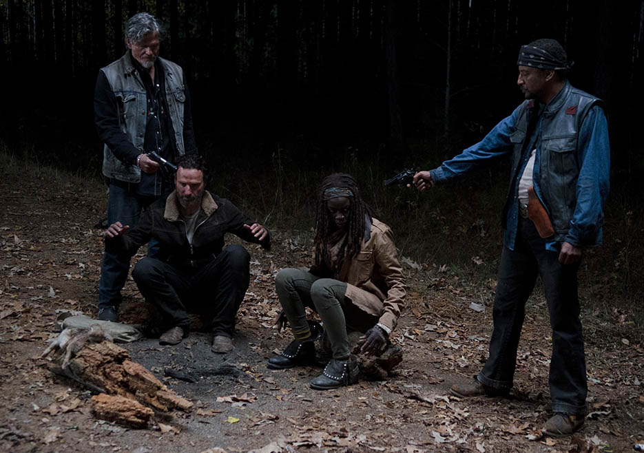 The Walking Dead 416 Season Finale Temporada 4 Rick Grimes Michonne Joe enfrentamiento